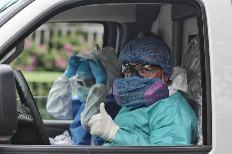 El IMSS ha contratado 29 mil 313 médicos y enfermeras para la pandemia