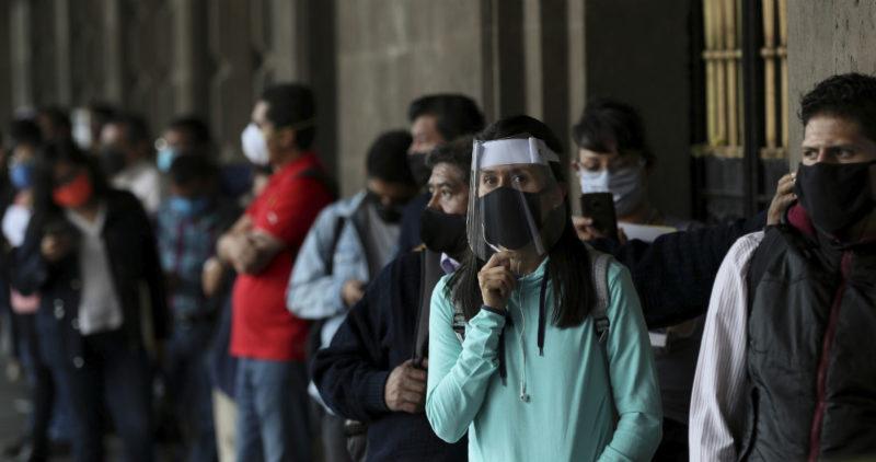 El virus tocará su pico en México la próxima semana: López-Gatell; estará activo hasta octubre, dice