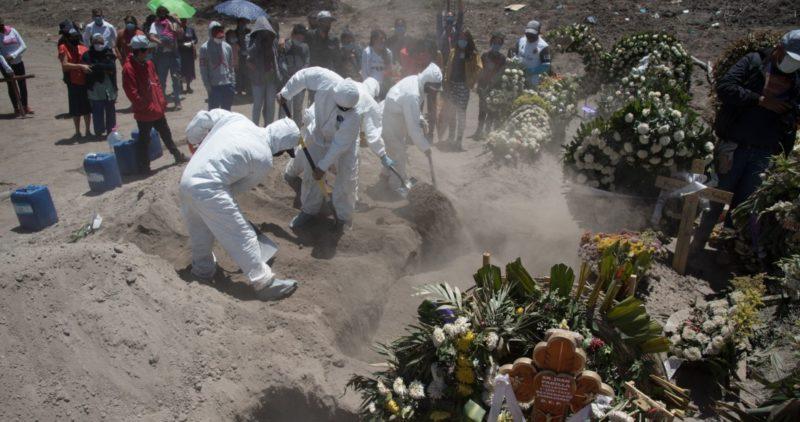 """López-Gatell: México podría llegar a 60 mil muertos por COVID-19 en """"escenario muy catastrófico"""""""