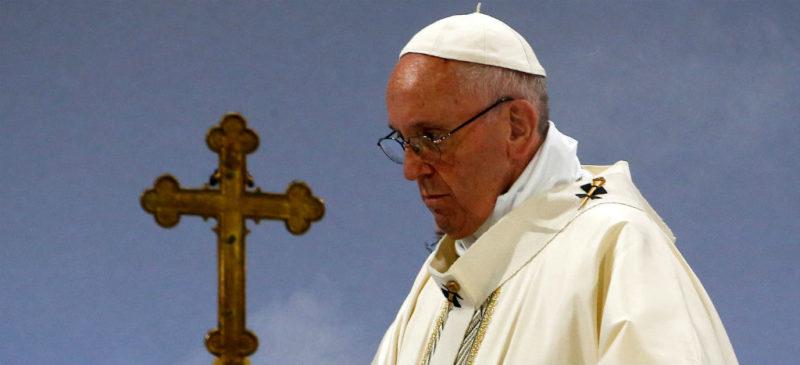 No bajar la guardia ante el coronavirus, pide el Papa a feligreces. Destaca que hay naciones donde muere una persona por minuto