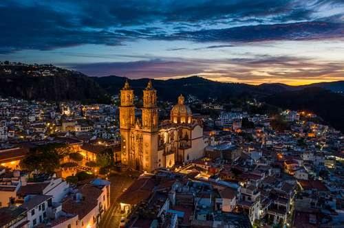 Pobre, 40% de habitantes en municipios ricos en oro. También, México sigue siendo el principal productor de plata del mundo, sin embargo, no se traduce en bienestar de la población