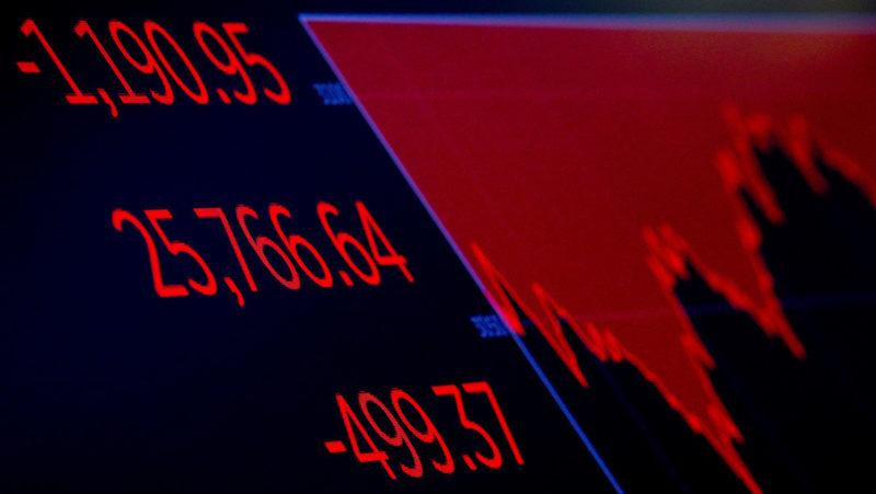 Repunte de casos de COVID-19 en EU motiva desplome en Wall Street