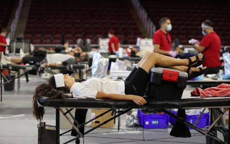 California supera a Nueva York como el estado de EU con más casos de coronavirus