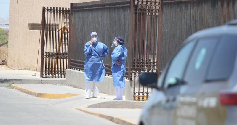 Hombre huye de hospital del IMSS luego de saber que necesitaba usar ventilador. Muere en la calle