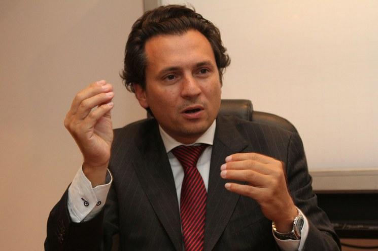 Colocan brazalete electrónico a Emilio Lozoya
