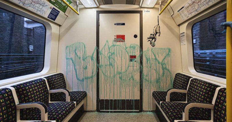 Lo impensable: el Metro de Londres borró el Banksy (que debe valer más que el vagón) debido a políticas