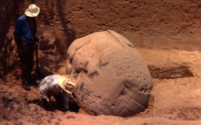 Cabezas olmecas son de origen mesoamericano y no africano: académica de la UNAM