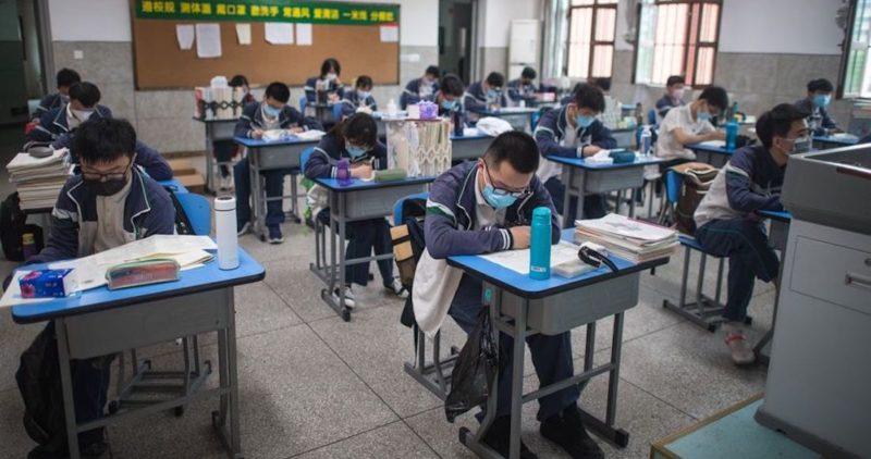 Wuhan, donde surgió COVID-19, reabrirá colegios y guarderías el 1 de septiembre; alumnos no estarán obligados a usar mascarilla