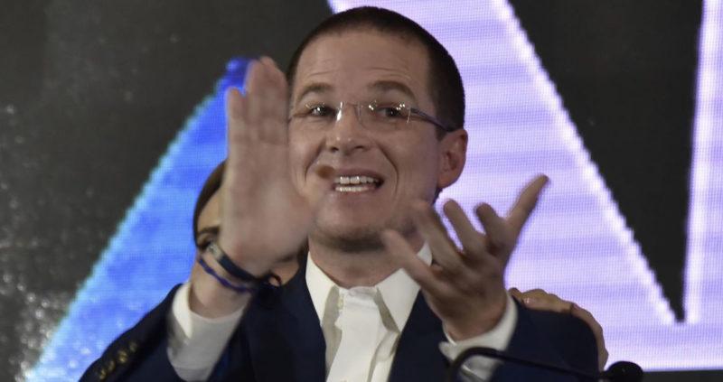 Video: Lozoya le dio a Ricardo Anaya 6.8 millones por orden de Videgaray, expone la denuncia ante la FGR