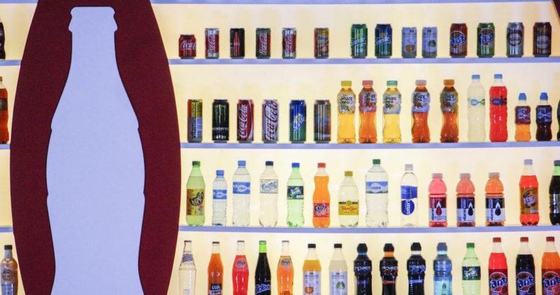 Coca-Cola financió científicos que negaron que el refresco engorda, revela investigación