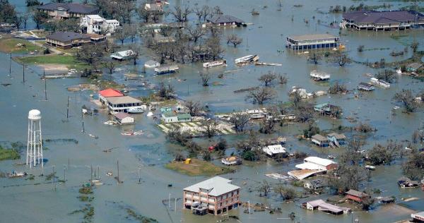 12 FOTOS desde el aire permiten advertir cómo el huracán Laura dejó una devastación en EU