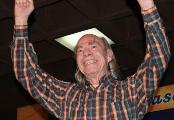 """Videos: El actor y comediante Manuel """"El Loco"""" Valdés fallece a los 89 años de edad a causa del cáncer"""