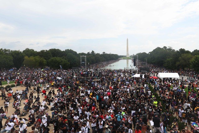 Miles protestan en Washington contra racismo y violencia policiaca