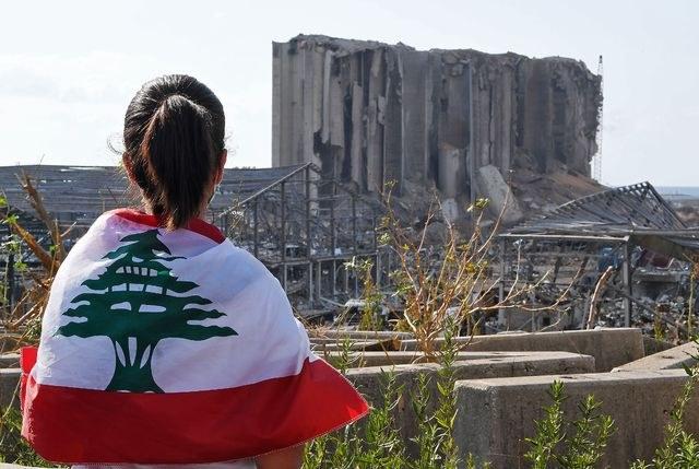 Los libaneses reclaman un gabinete independiente de los partidos políticos tradicionales