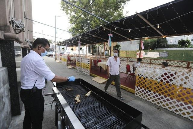 Son 2 mil 173 mexicanos muertos en EU por Covid-19