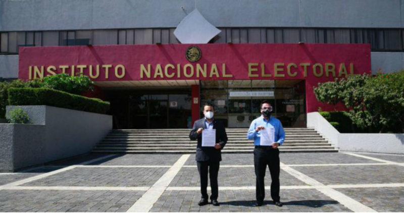 """Video: El PAN denuncia ante el INE a Morena, hermano de AMLO y David León por """"actos de corrupción"""""""