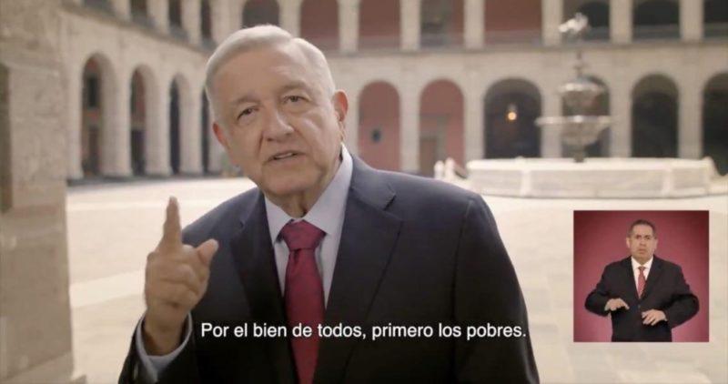 """Video: """"Antes se rescataba banqueros, grandes empresarios. Ahora se rescata al pueblo"""": AMLO"""