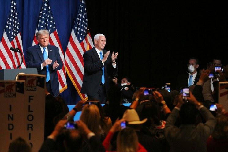 Trump acusa a demócratas de fraude tras obtener nominación republicana