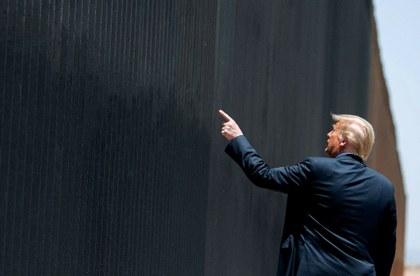 Donald Trump y la estafa del Muro Fronterizo con México