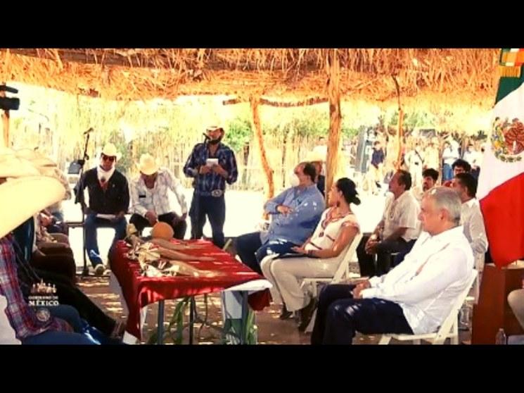 AMLO hace acuerdo con el Pueblo Yaqui para restituir derechos territoriales
