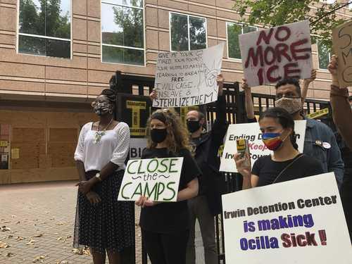 Horroriza la esterilización forzada de mujeres migrantes en centros de detención de ICE