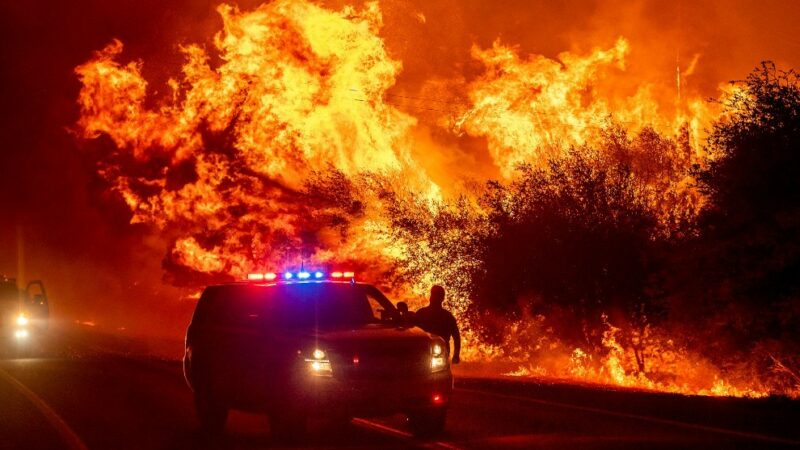 Arde la Costa Oeste: 28 incendios fuera de control en California, 16 en Oregon y 15 en el estado de Washington