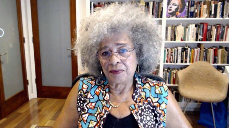 Video: Protestas contra racismo crean  conciencia popular y mueven en dirección de un cambio radical, afirma Angela Davis, luchadora por la liberación afroamericana durante 50 años