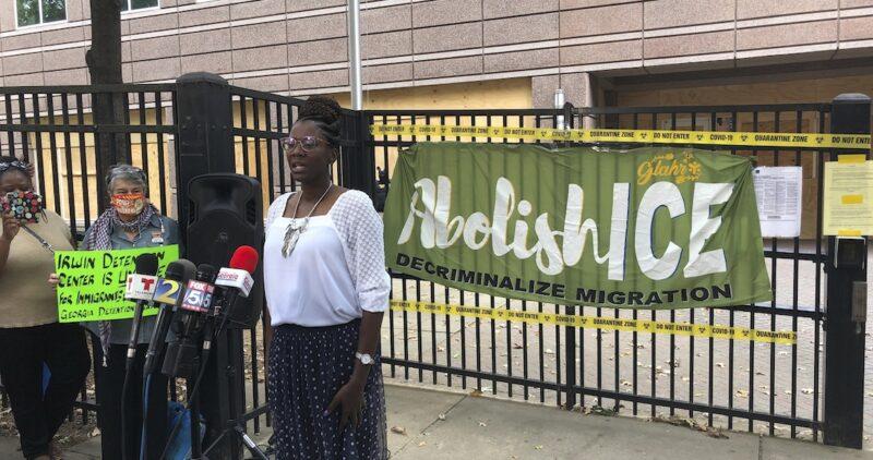 México pide a EU investigar la extracción forzada de úteros en centro migratorio y violación a mujeres