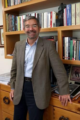 Va ganando el acaparamiento en la guerra por la vacuna, alerta el embajador de México en la ONU, Juan Ramón de la Fuente