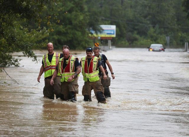 Huracán 'Sally' deja un muerto y ríos crecidos en Florida y Alabama