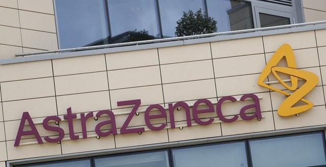 """Pausa de ensayos de AstraZeneca, un """"llamado de atención"""": OMS"""