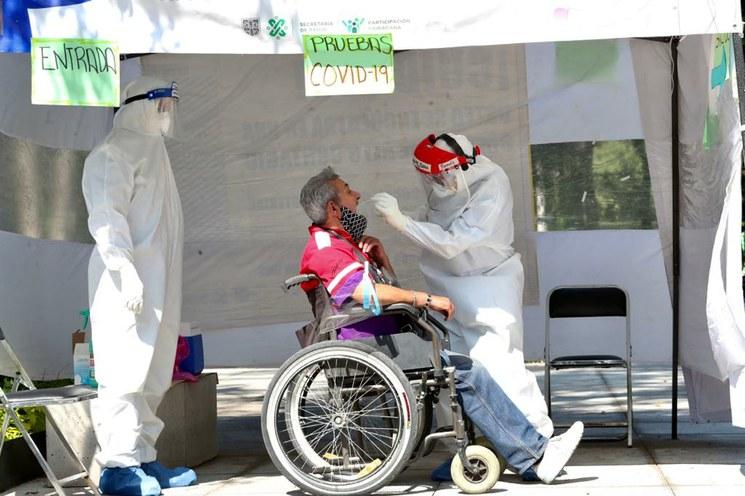 La vacuna rusa contra COVID-19 se aplicaría en México a 500 mil voluntarios en octubre