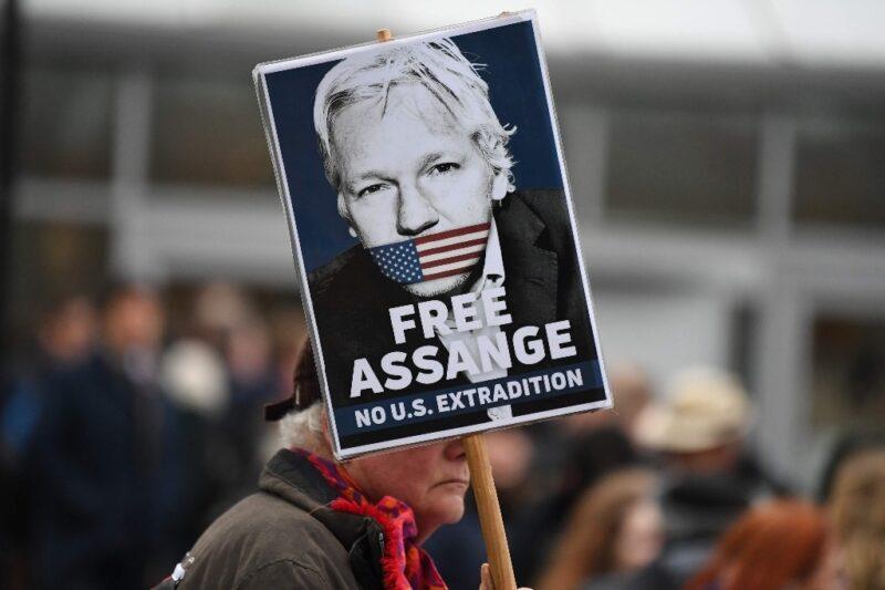 Al menos 160 Jefes de Estado, ex jefes de Estado y primeros ministros exigen libertad de Assange