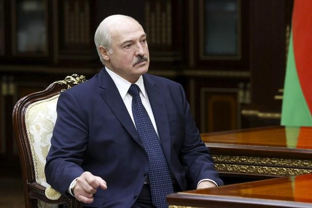 Lukashenko da a elegir a sus adversarios: ¿el exilio o la cárcel?