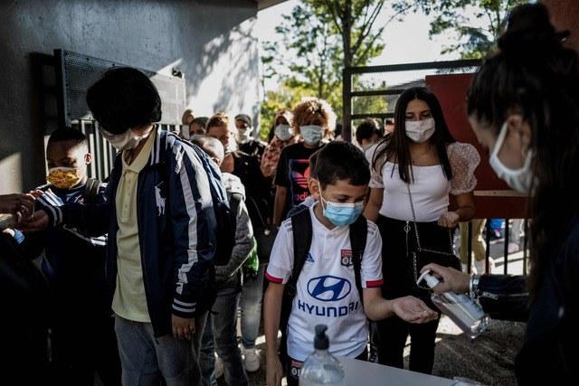 Sólo un tercio de alumnos del mundo vuelve a la escuela: Unesco. Los demás: en la incertidumbre