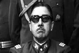 La derecha empresarial, acólitos de Pinochet y detractores de la democracia