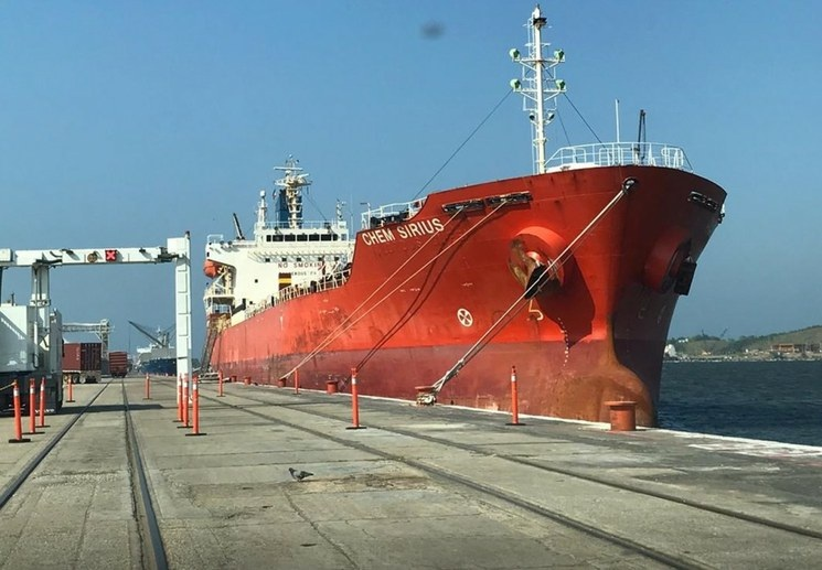 Secretaría de Marina asegura que en los puertos hay trasiego de combustible, evasión fiscal y falta de transparencia, entre otras irregularidades