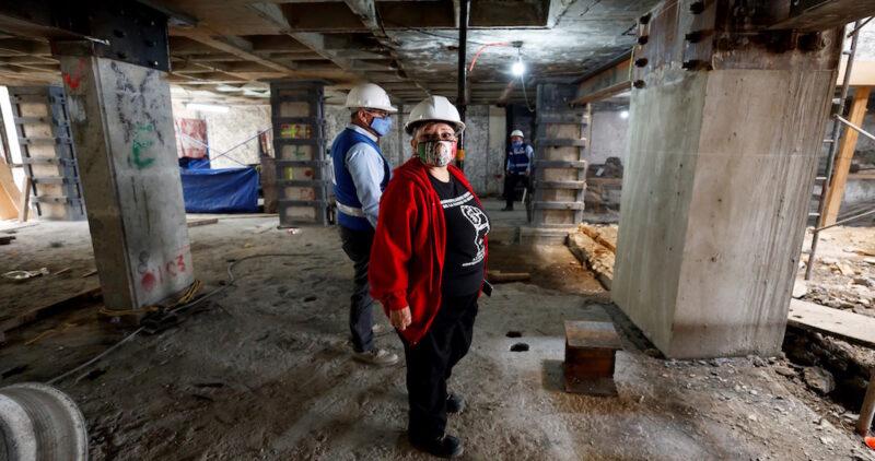 Para damnificados de los sismos es una tragedia doble: pandemia y, al mismo tiempo, reconstrucción