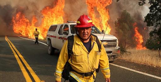 Nuevos incendios forestales arrasan la región vinícola cercana a San Francisco