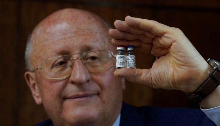 Sólo las vacunas salvarán a los humanos del COVID-19. Todos se contagiarán, dice titular del centro ruso que creó la primera inmunización del mundo