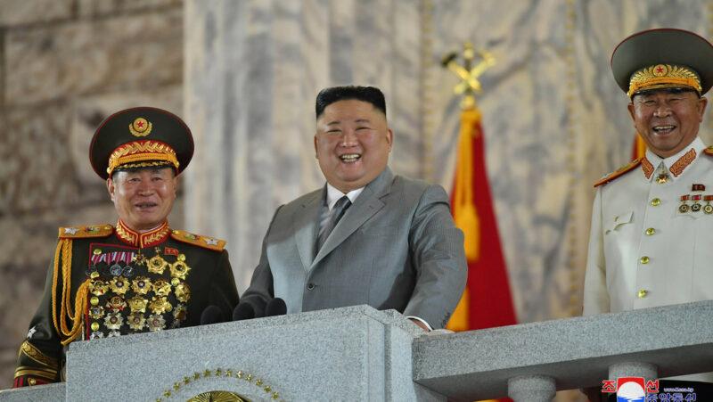 Videos: En Corea del Norte nadie se ha contagiado de COVID-19, dice su líder, Kim Jong-un