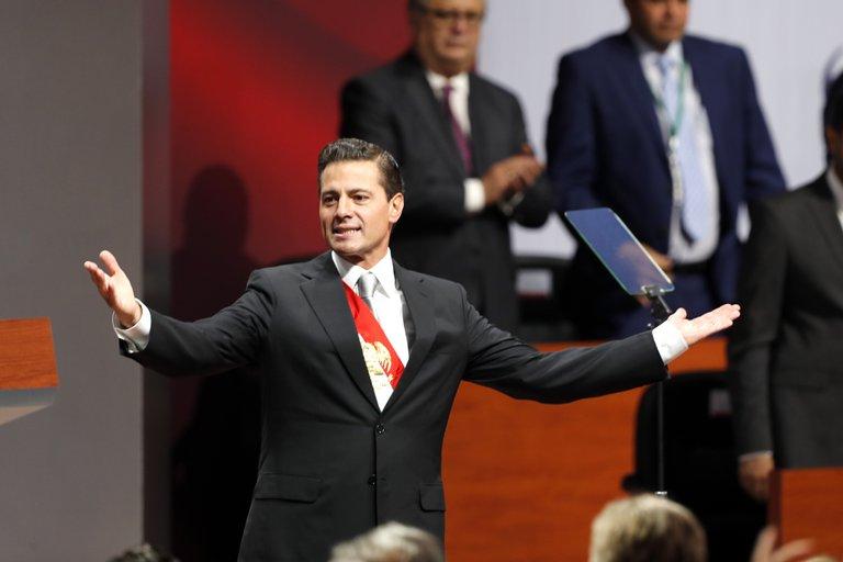 Todos los caminos llevan a Peña Nieto: con el general Cienfuegos, ya son tres funcionarios de su gabinete en prisión