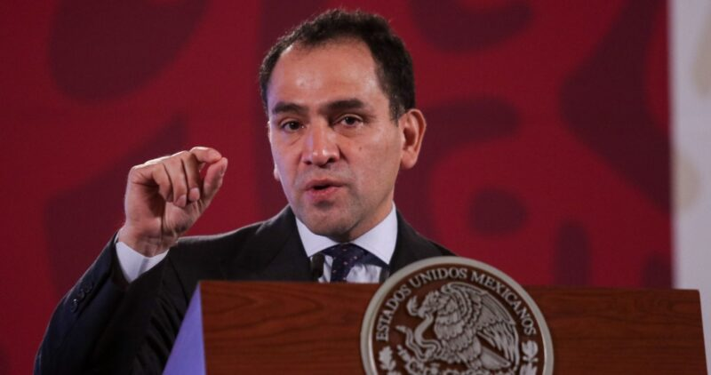 AMLO, dispuesto a dialogar con gobernadores aliancistas. Dice que estados deben 70 mil mdp a la Federación y Herrera afirma que la entrega de recursos subió 2.9%