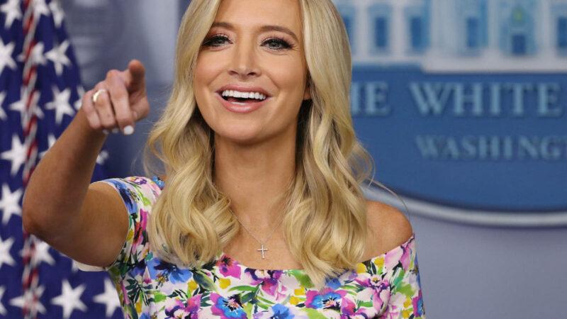 La secretaria de prensa de la Casa Blanca también tiene COVID-19