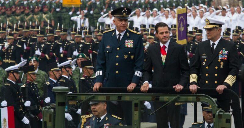 Video: Arresto del General Cienfuegos, secretario de la Defensa Nacional con Peña Nieto, es sorpresivo e histórico. DEA lo pide con cargos de narcotráfico