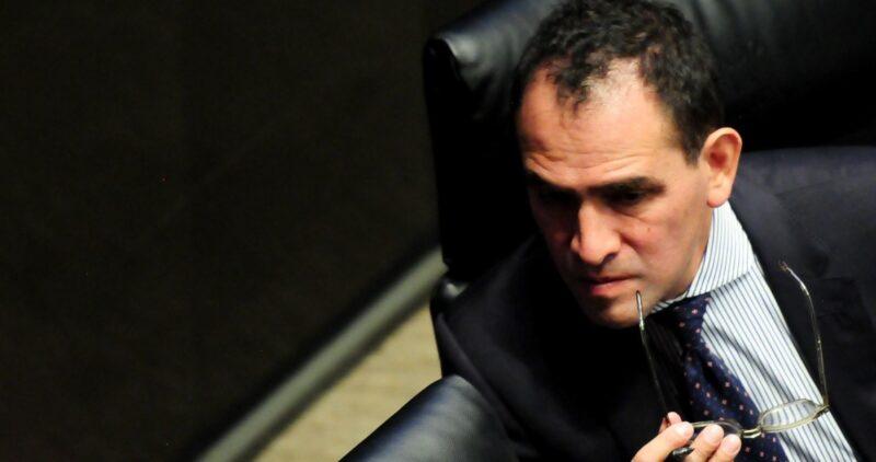 El actual pacto fiscal es de Calderón y lo aprobó el PAN; sorprende que ahora cuestionen, afirma el Secretario de Hacienda, Arturo Herrera