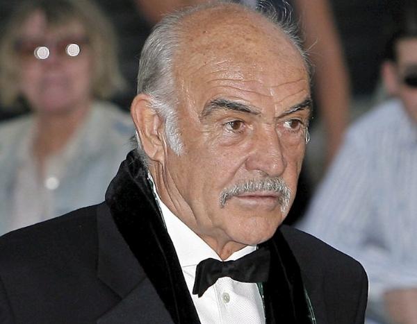 Videos: El mítico actor Sean Connery, primero en darle vida a James Bond, fallece a los 90 años de edad