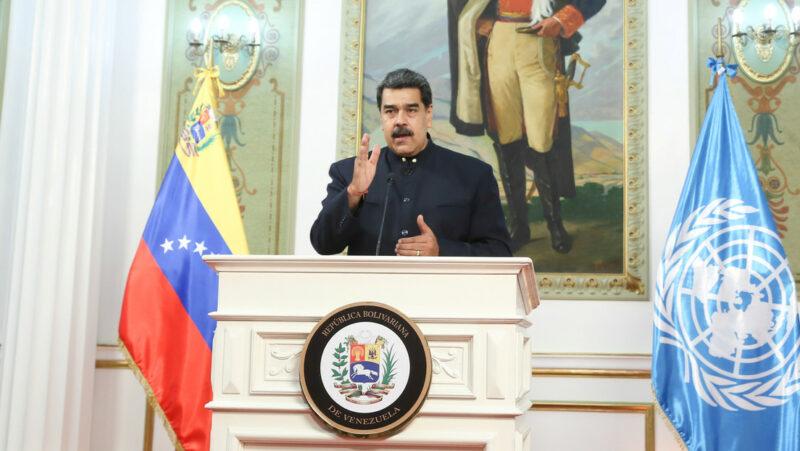 """Maduro anuncia que Venezuela desarrolló un fármaco que anula la COVID-19 """"al 100%"""""""