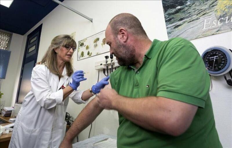 California dispone millones de vacunas contra la influenza para evitar que se dispare COVID-19 en invierno