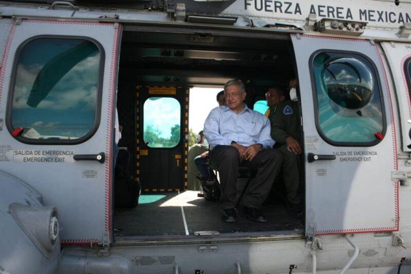 Videos: Cinco muertos y por inundaciones en Tabasco; baja nivel de Peñitas: AMLO. Nadie se va a quedar en el desamparo, dijo. 141, 486 afectados